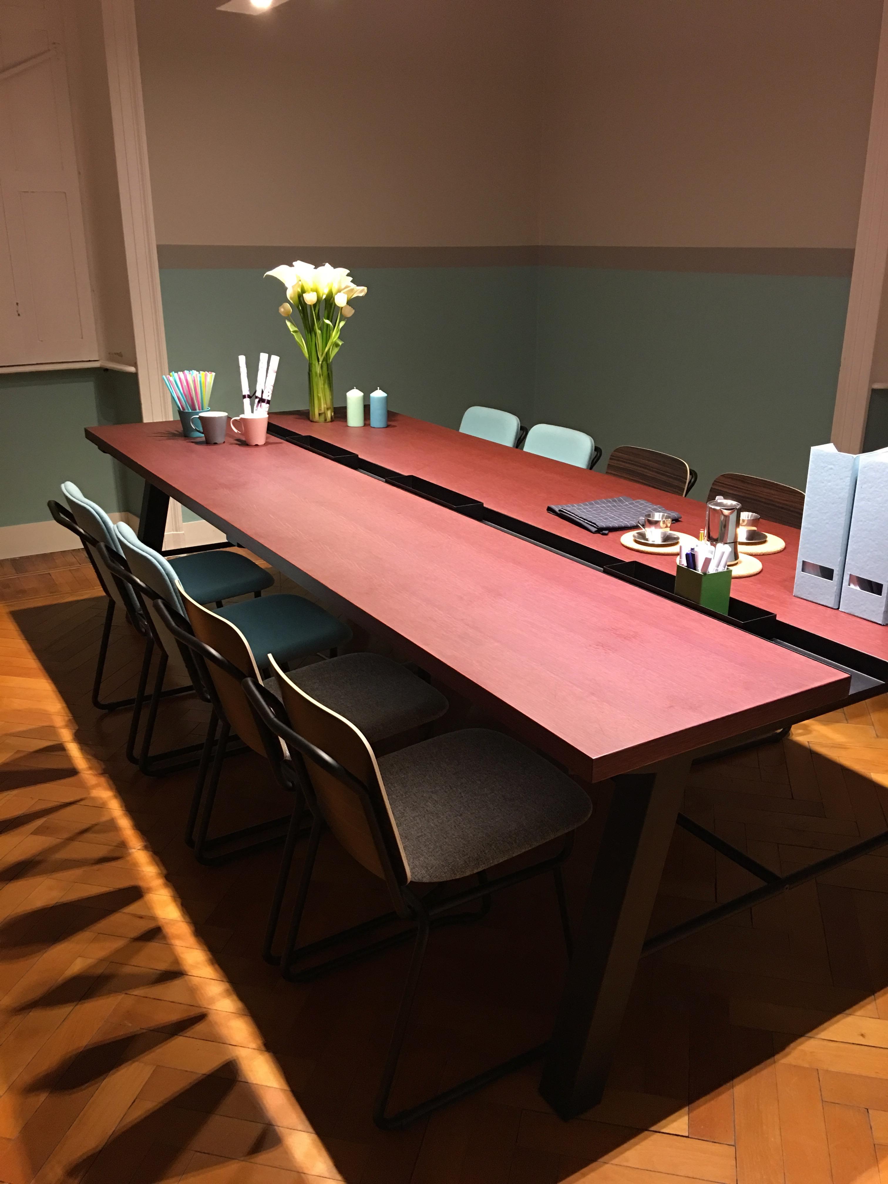 Mangan se pr sente sa collection au salon du design de for Salon du design milan 2017